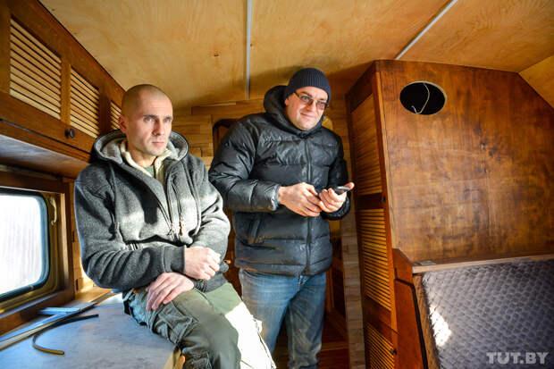 Житель Горок собирает советские военные грузовики