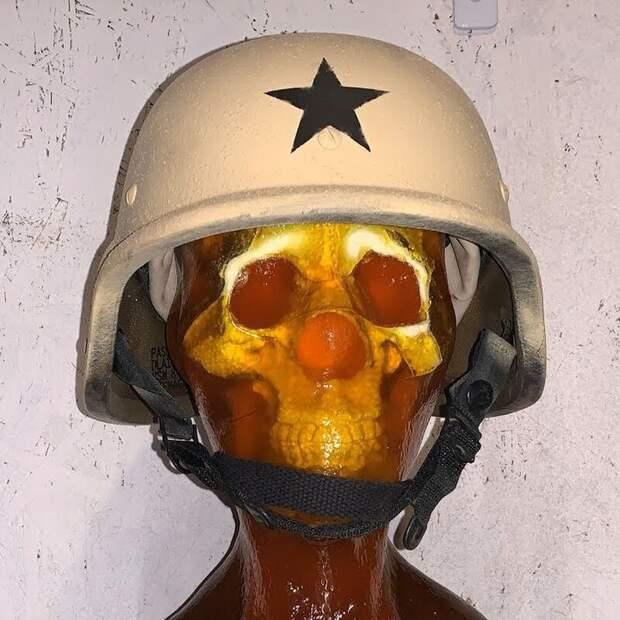 Американский шлем не выдержал попадания советского патрона времен Второй мировой
