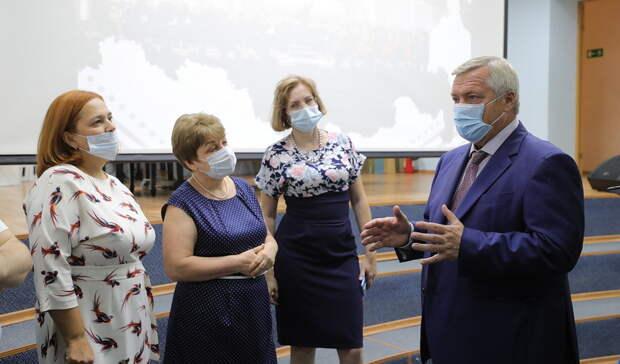 Стабильной назвал ситуацию скоронавирусом глава Ростовской области Василий Голубев