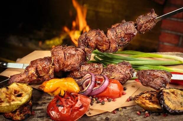 В Роспотребнадзоре рассказали, как выбрать мясо для шашлыка