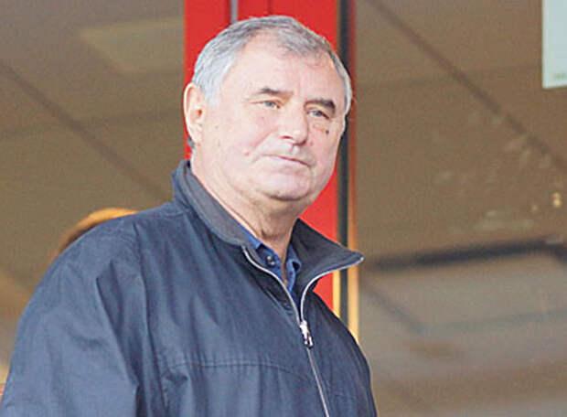 БЫШОВЕЦ: Нужно бороться не с проблемами, а с людьми, которые их создают – в «Спартаке» уволено 13 тренеров, а руководство прежнее