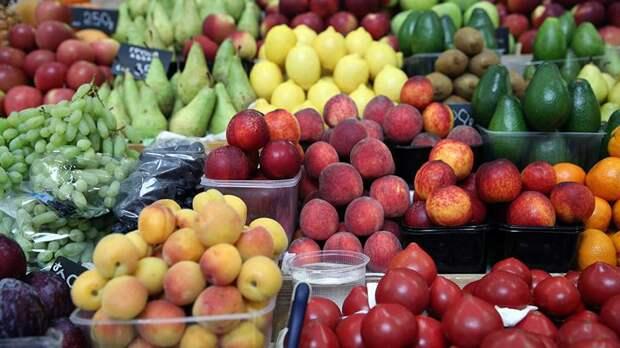 Россельхознадзор обнаружил вирусы во фруктах и помидорах из Турции