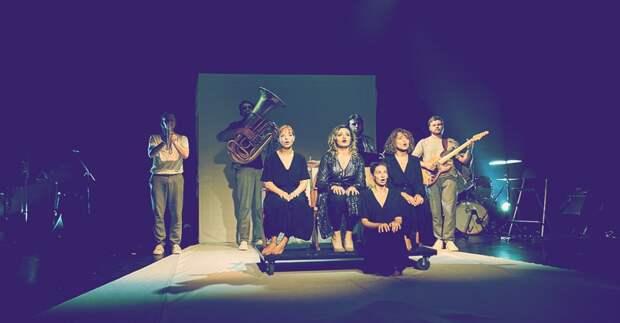 «Дневник Алёны Чижук. А ещё почта, жж и фейсбук» по одноименной пьесе Юлии Вороновой покажут в ЦДР