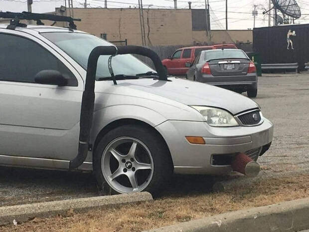 Подборка нелепого тюнинга автомобилей