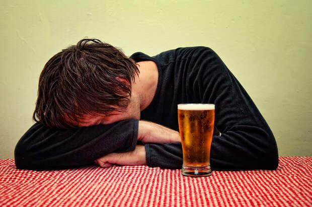 Муж в пьяном виде становится  бесом