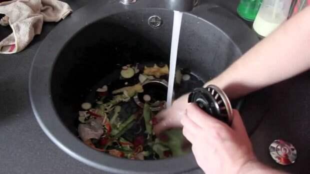 Отходы, которые категорически запрещено смывать в канализацию