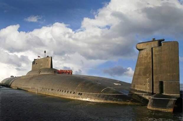 В Китае приступили к испытаниям крупнейшей в мире атомной подводной лодки