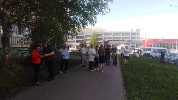 Стрельба в Казани произошла в день рождения директора школы №175