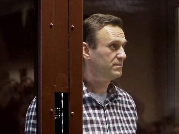 «Все это дело— подделка»: Навальный выступил на рассмотрении жалобы на процессе о клевете