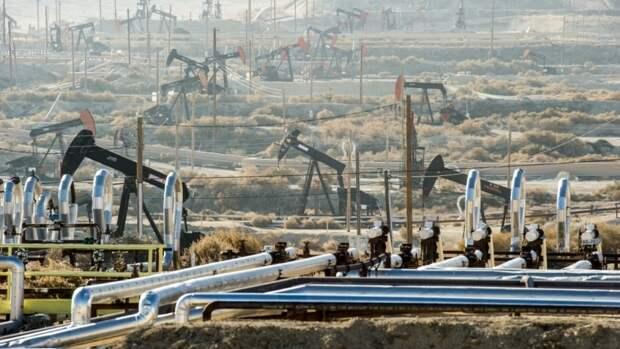 Трамп готов платить заостановку добычи нефти