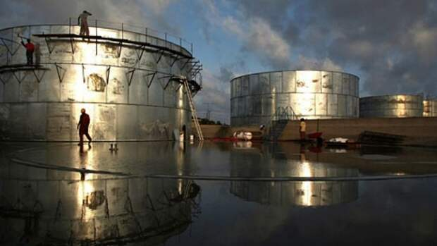 Запасы нефти вСША увеличились на4%