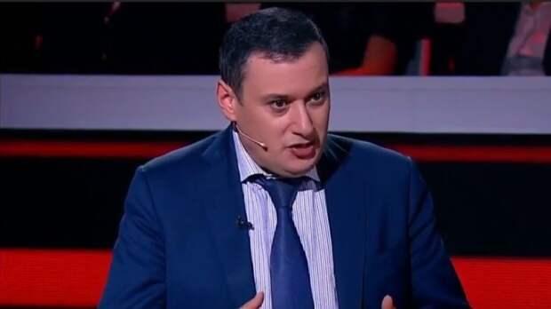 Хинштейн заявил об отсутствии охраны в школе Казани во время вооруженного нападения