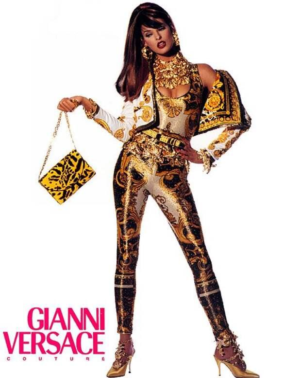 Linda Evangelista Versace Couture.jpg