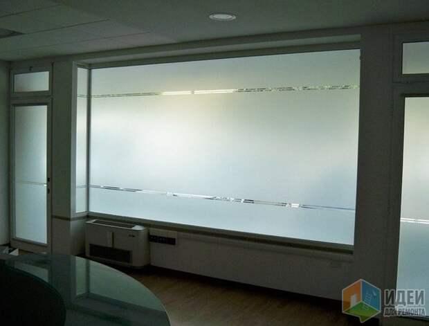 Непрозрачная пленка на окнах, Foster T & C
