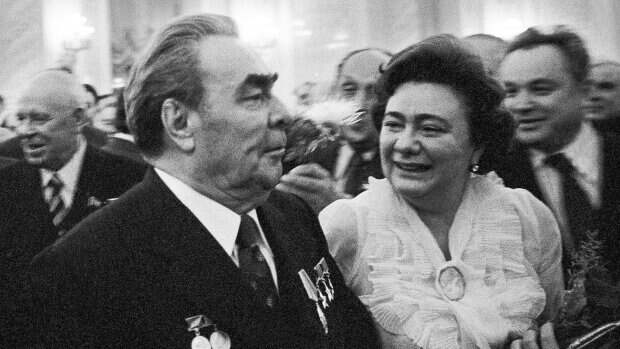 «По эстетическим соображениям»: что говорила Галина Брежнева о Раисе Горбачевой в запрещенной телепрограмме