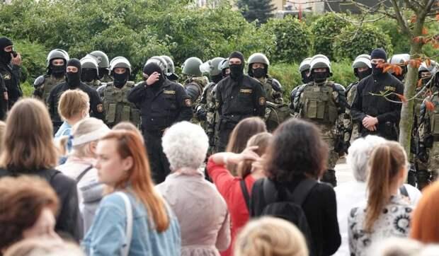 Политолог Карбалевич о подготовке белорусских силовиков к весенним протестам: Власть испугана