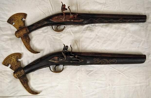 Комбинированное оружие разных стран 16-18 веков комбинация, оружие, пистолет, прошлое, револьвер, топор, фото