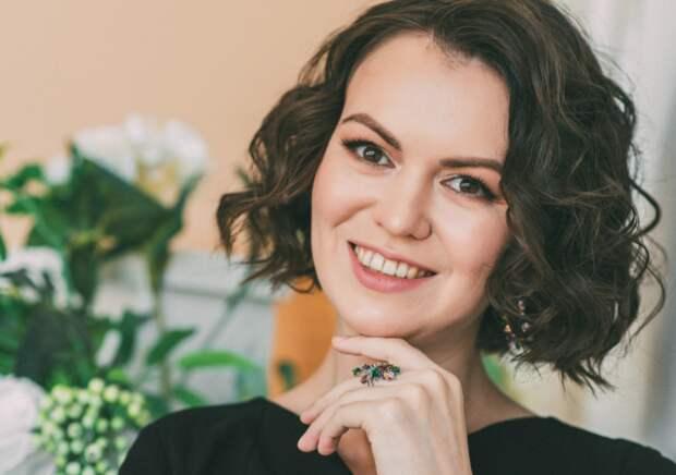 Психолог Анастасия Корепанова, автор книги «Эмоциональные инвалиды» презентовала второй свой труд