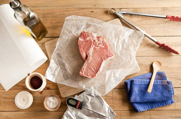 Готовим стейк толщиной 5 сантиметров в обычной духовке