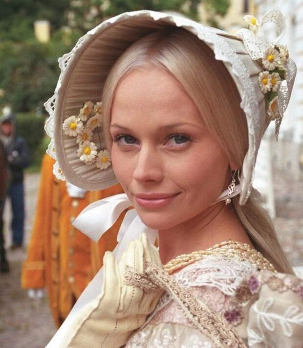 Посмотри, как сейчас выглядит Елена Корикова. Недоброжелатели актрисы кусают локти…
