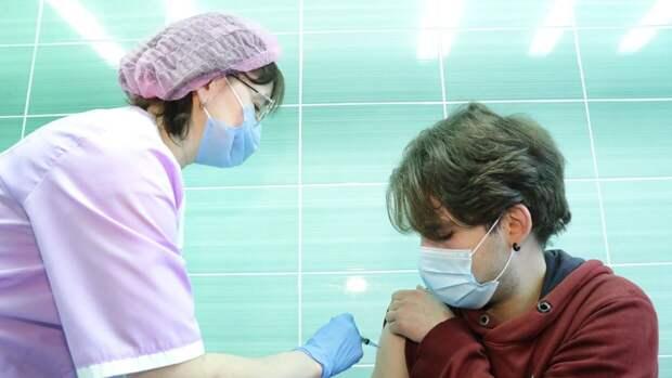 Прививки от коронавируса сделали более 24 миллионов жителей России