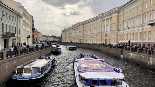 Петербург надеется на восстановление туризма с помощью ПМЭФ и футбола