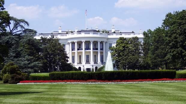 США отслеживают ситуацию с дефицитом поставок топлива из-за инцидента с Colonial Pipeline