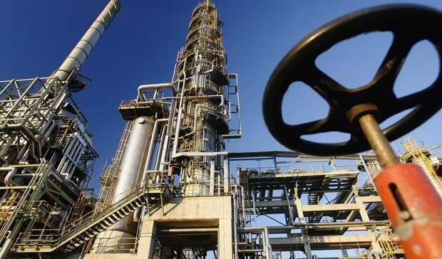Почти на4% снизилось производство бензина вРФв2020 году