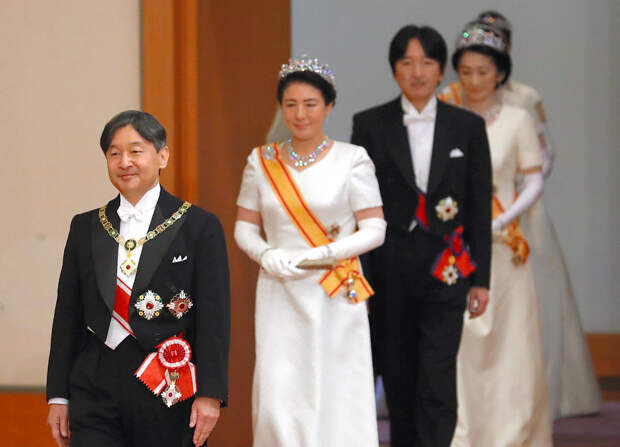 В Японии начался фестиваль в честь восшествия на престол нового императора