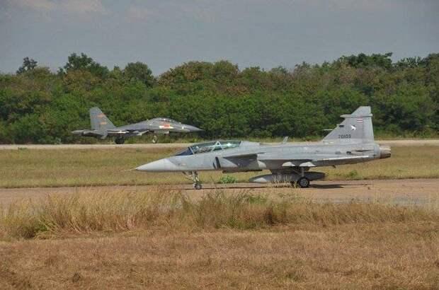 The Diplomat (Япония): Су-27СК против SAAB JAS-39C Gripen. Разбор открытых данных