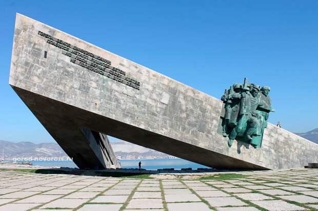 В Новороссийске осудят осквернителя мемориала «Малая Земля»