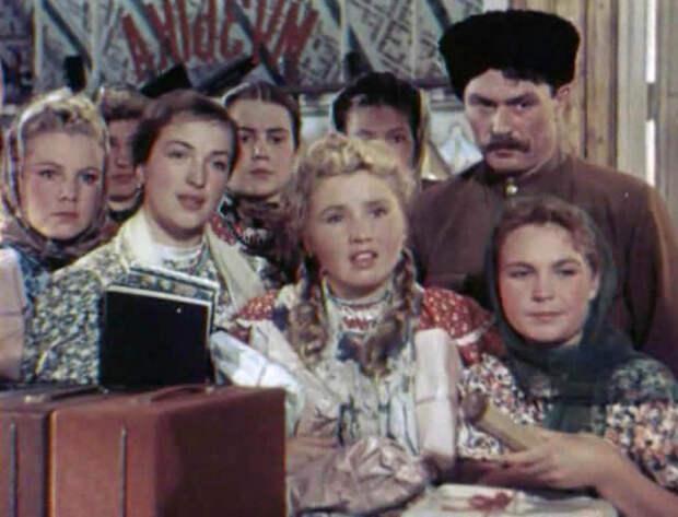 http://www.kino-teatr.ru/acter/album/12615/127774.jpg
