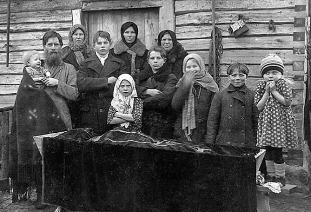 Какие вещи на русских похоронах больше всего удивляют европейцев