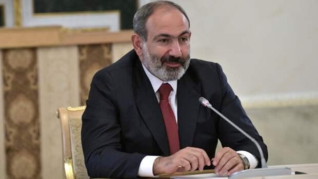 Пашинян поручил подготовить обращение в ОДКБ из-за ситуации на границе с Азербайджаном