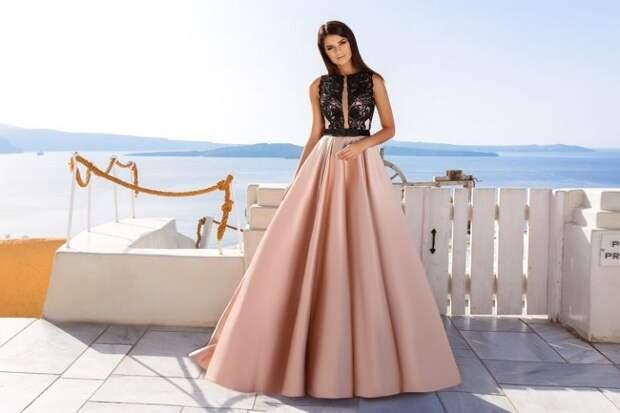 Модные платья на выпускной 2021-2022: фото стильных образов, тренды