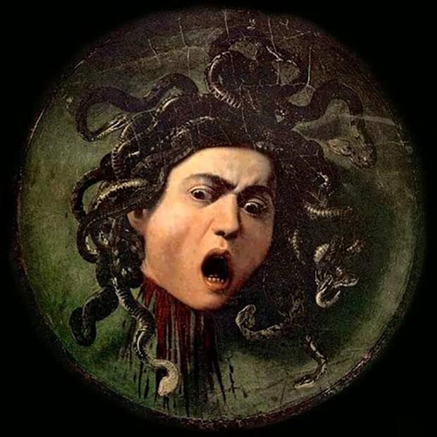Щит с изображением Медузы Горгоны.