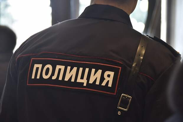 В Сочи двух экс-полицейских осудят за взятку