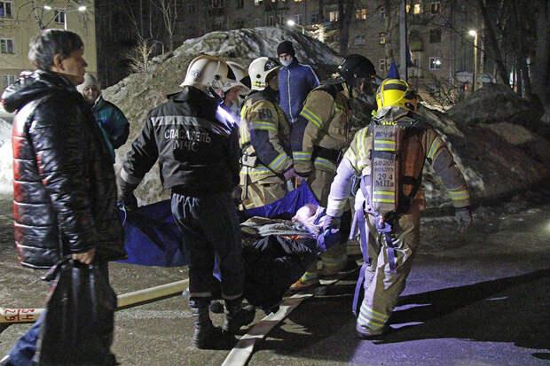 Число жертв обрушения в жилом доме в Татарстане выросло до двух