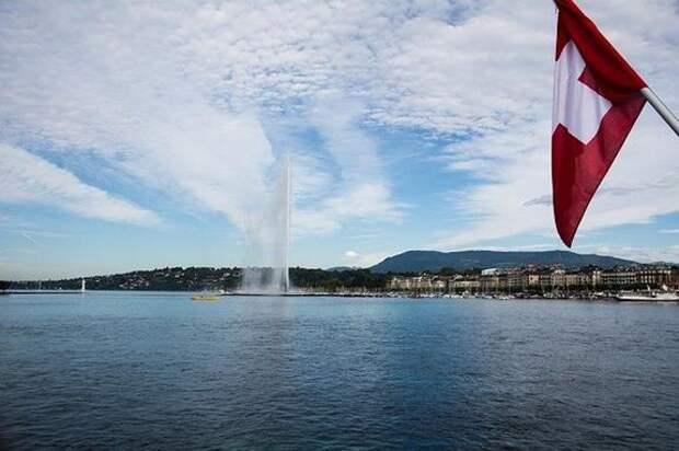 Истребители ВВС Швейцарии сопровождали самолет Путина при подлете к Женеве