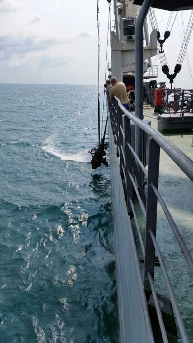 У берегов Крыма обнаружен немецкий торпедный катер (фото)