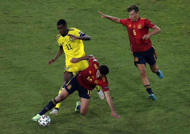 Испания установила рекорд по количеству передач в первом тайме матча со шведами