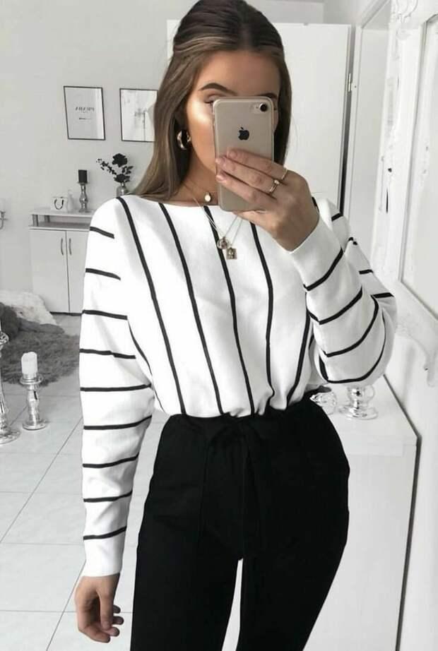 Как стильно сочетать черные и белые вещи, чтобы образ не выглядел скучно