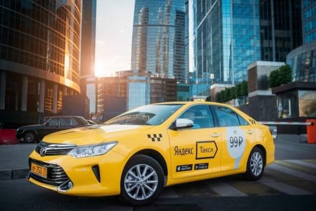 """Усну за рулём - убью людей"": Такси-марафон от Яндекса"