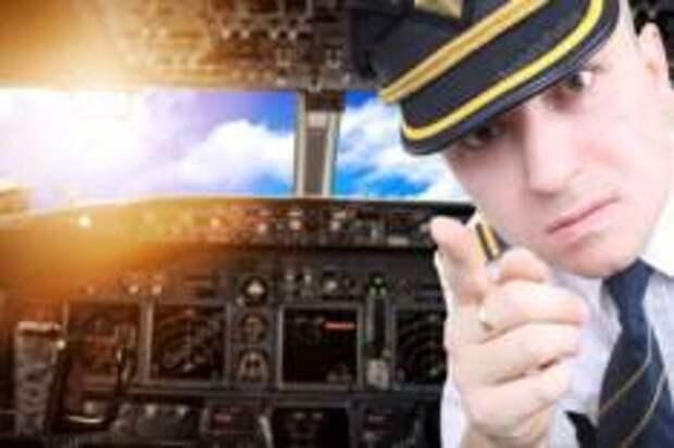 ТОП Самых раздражающих поступков пассажиров самолета