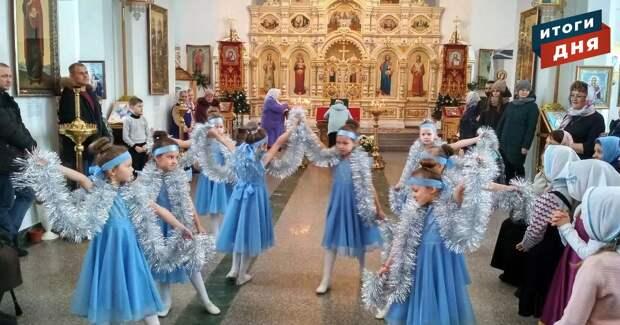 Итоги дня: танцующие дети в храме Удмуртии, возвращение перехода в Ижевске и погода на выходные