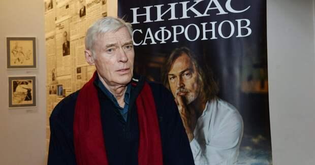 Актера Бориса Щербакова госпитализировали
