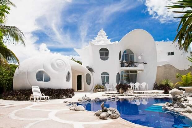 Дом-ракушка на острове Исла-Мухерес, Мексика