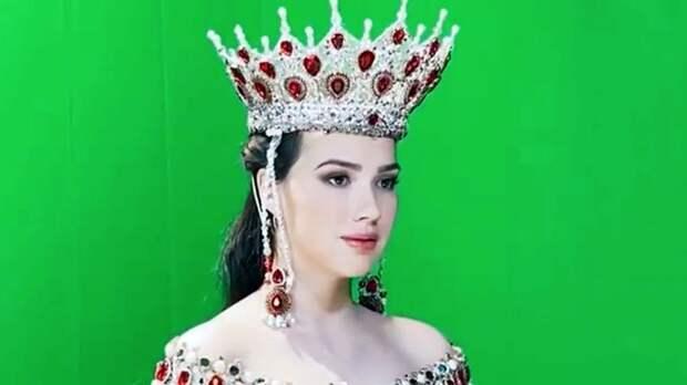 """Загитова ответила Баюл, упрекнувшей фигуристку в ношении """"короны Навки"""""""