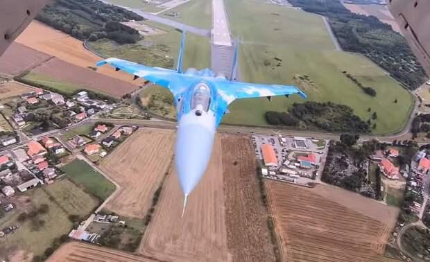 Почти 3 тысячи бортов украинской авиации: разворованы, проданы, разбиты!