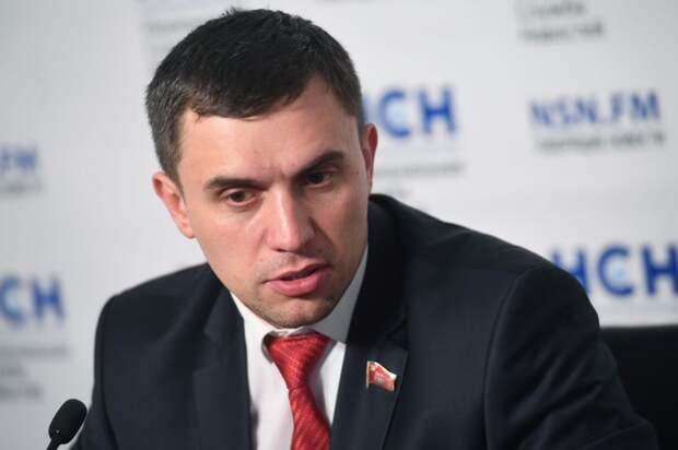 Саратовский депутат предложил Медведеву сесть на диету
